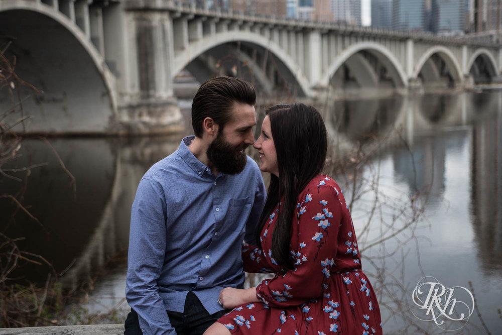 Callan & John - Minnesota Engagement Photography - RKH Images  (6 of 7).jpg