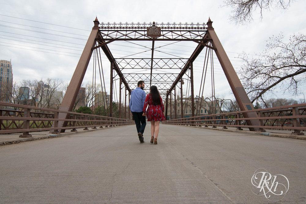 Callan & John - Minnesota Engagement Photography - RKH Images  (7 of 7).jpg