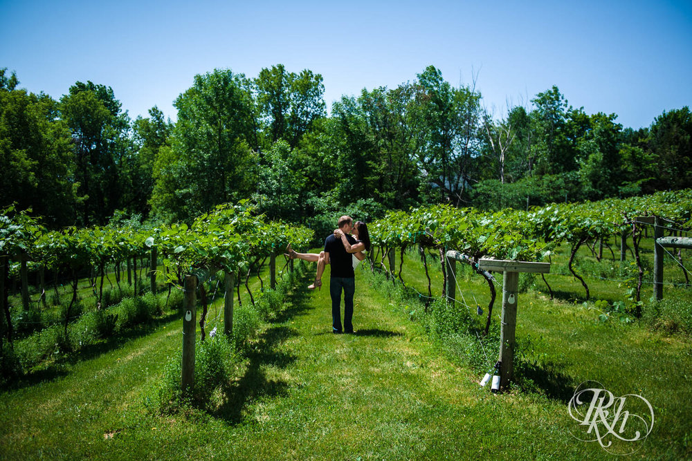 Nicole & Blake - Minnesota Engagement Photography - Winehaven Winery - RKH Images  (8 of 12).jpg