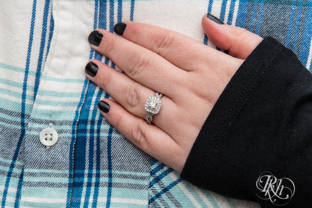 Bri & Erik - Minnesota Engagement Photography - Stillwater - RKH Images  (2 of 9).jpg