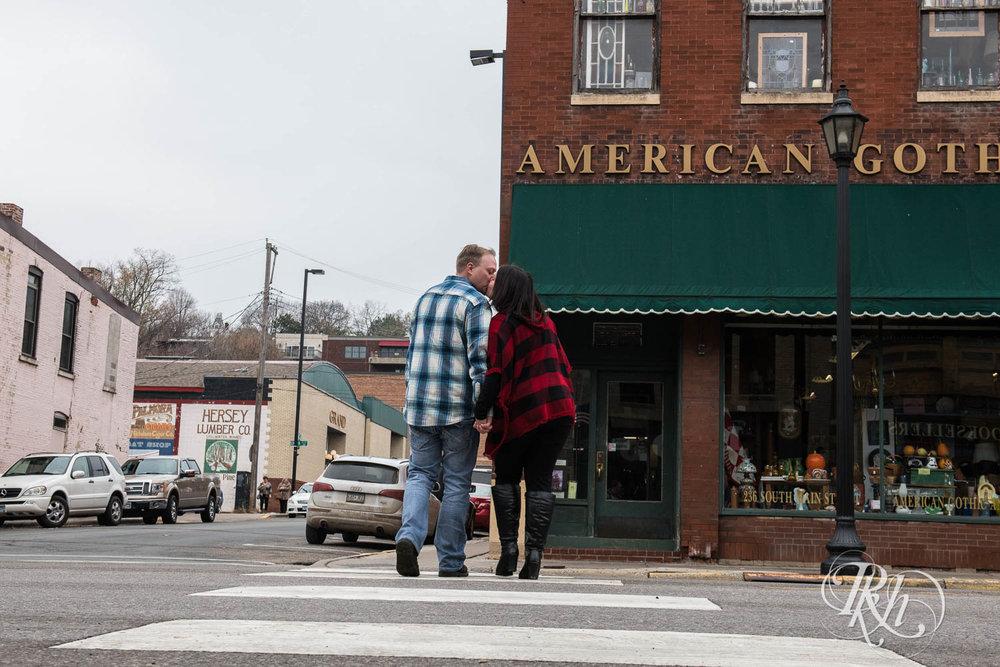 Bri & Erik - Minnesota Engagement Photography - Stillwater - RKH Images  (4 of 9).jpg