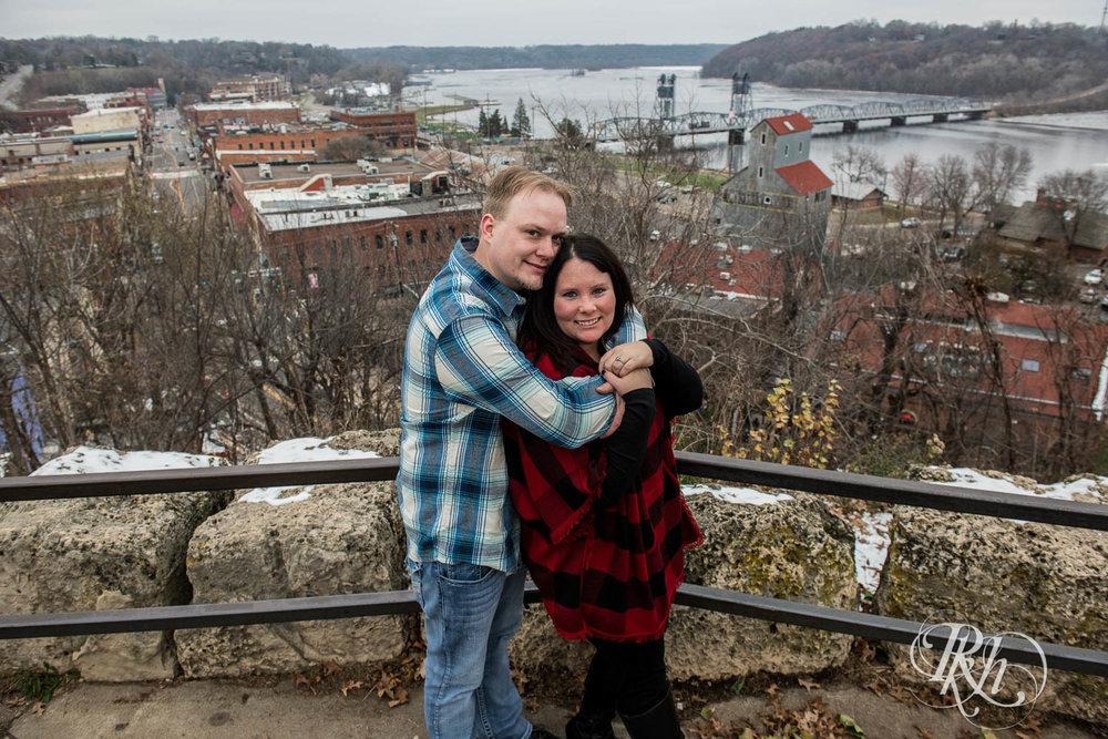 Bri & Erik - Minnesota Engagement Photography - Stillwater - RKH Images  (6 of 9).jpg