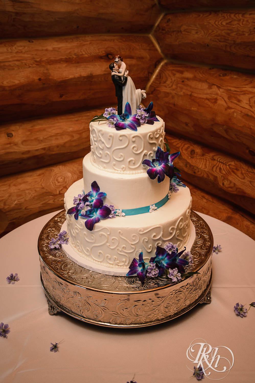 April & Brice - Minnesota Wedding Photography - RKH Images - Samples  (9 of 32).jpg