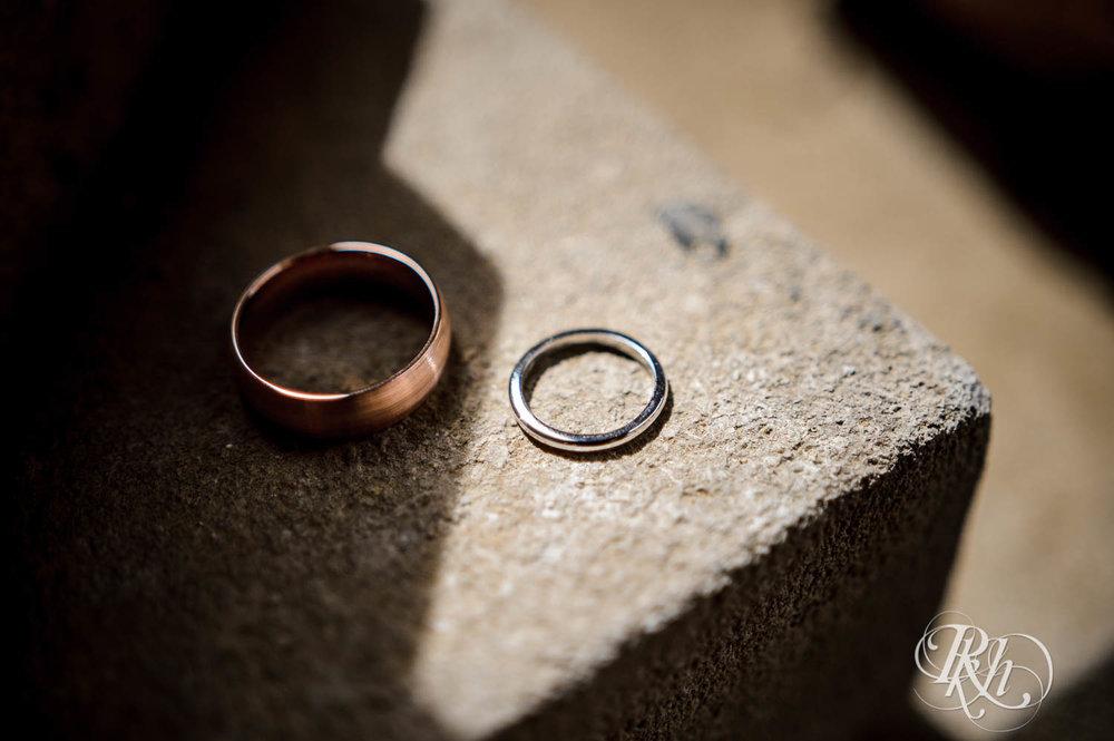 Jenna & Karl - Minnesota Wedding Photography - Summit Manor - RKH Images - Samples  (9 of 36).jpg