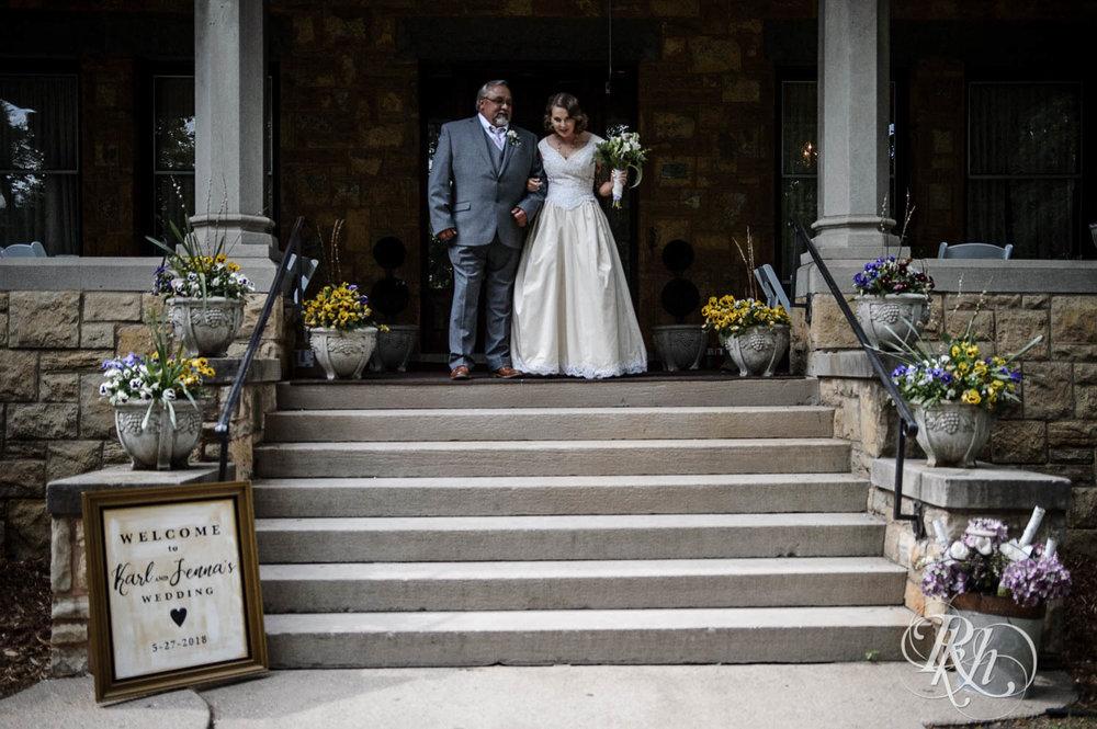 Jenna & Karl - Minnesota Wedding Photography - Summit Manor - RKH Images - Samples  (26 of 36).jpg