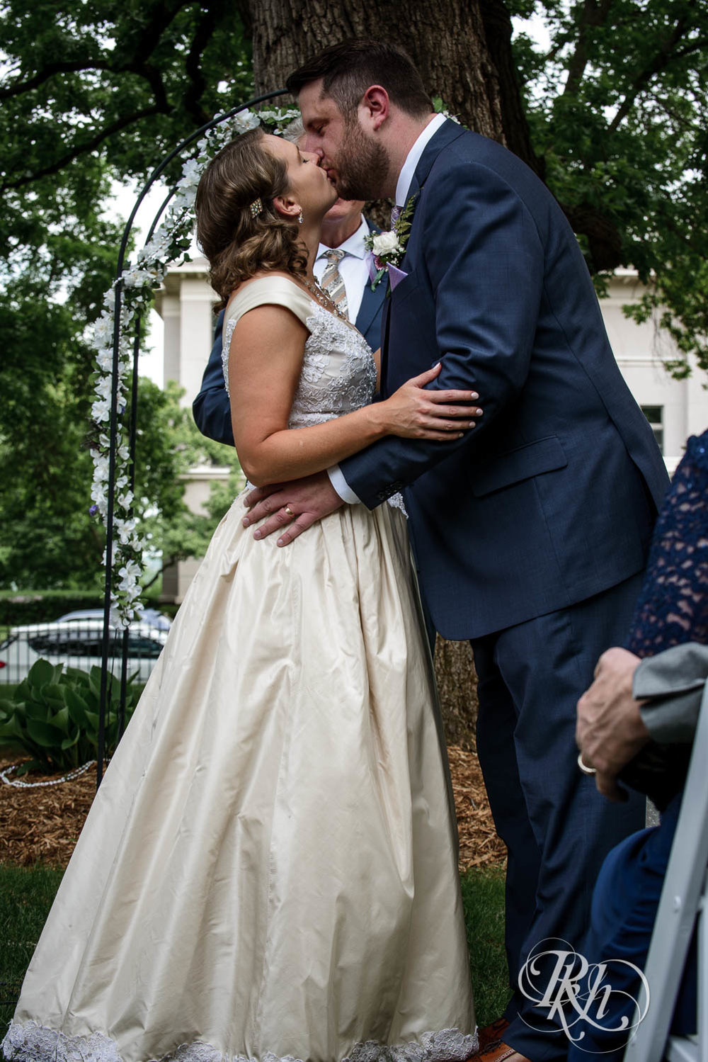 Jenna & Karl - Minnesota Wedding Photography - Summit Manor - RKH Images - Samples  (32 of 36).jpg