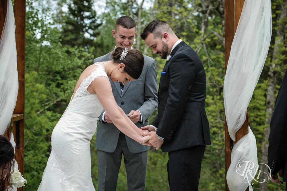 Tonya & Steve - Minnesota Wedding Photograhper - RKH Images - Blog (12 of 53).jpg