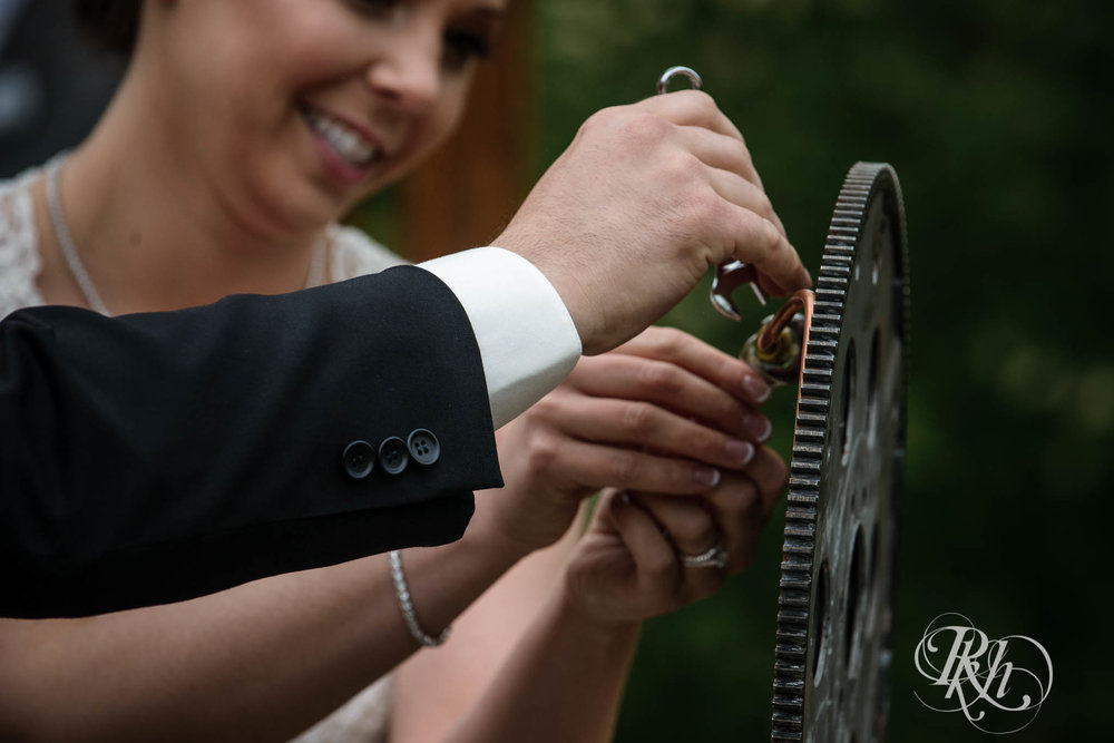 Tonya & Steve - Minnesota Wedding Photograhper - RKH Images - Blog (17 of 53).jpg