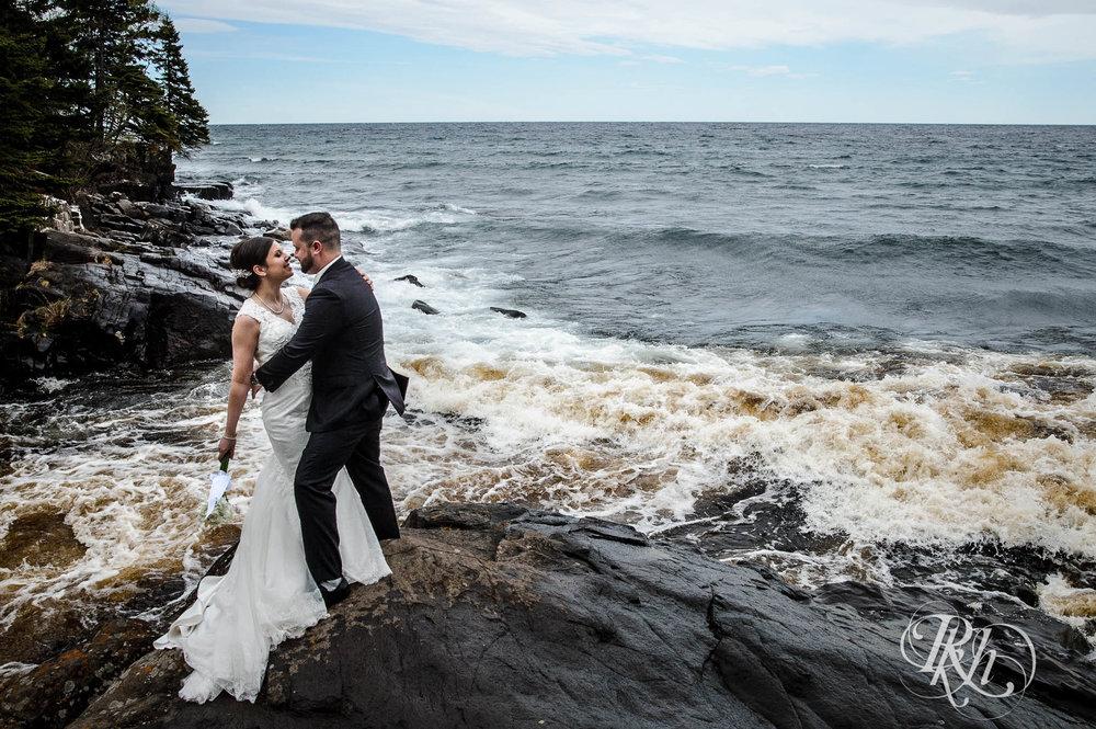 Tonya & Steve - Minnesota Wedding Photograhper - RKH Images - Blog (26 of 53).jpg