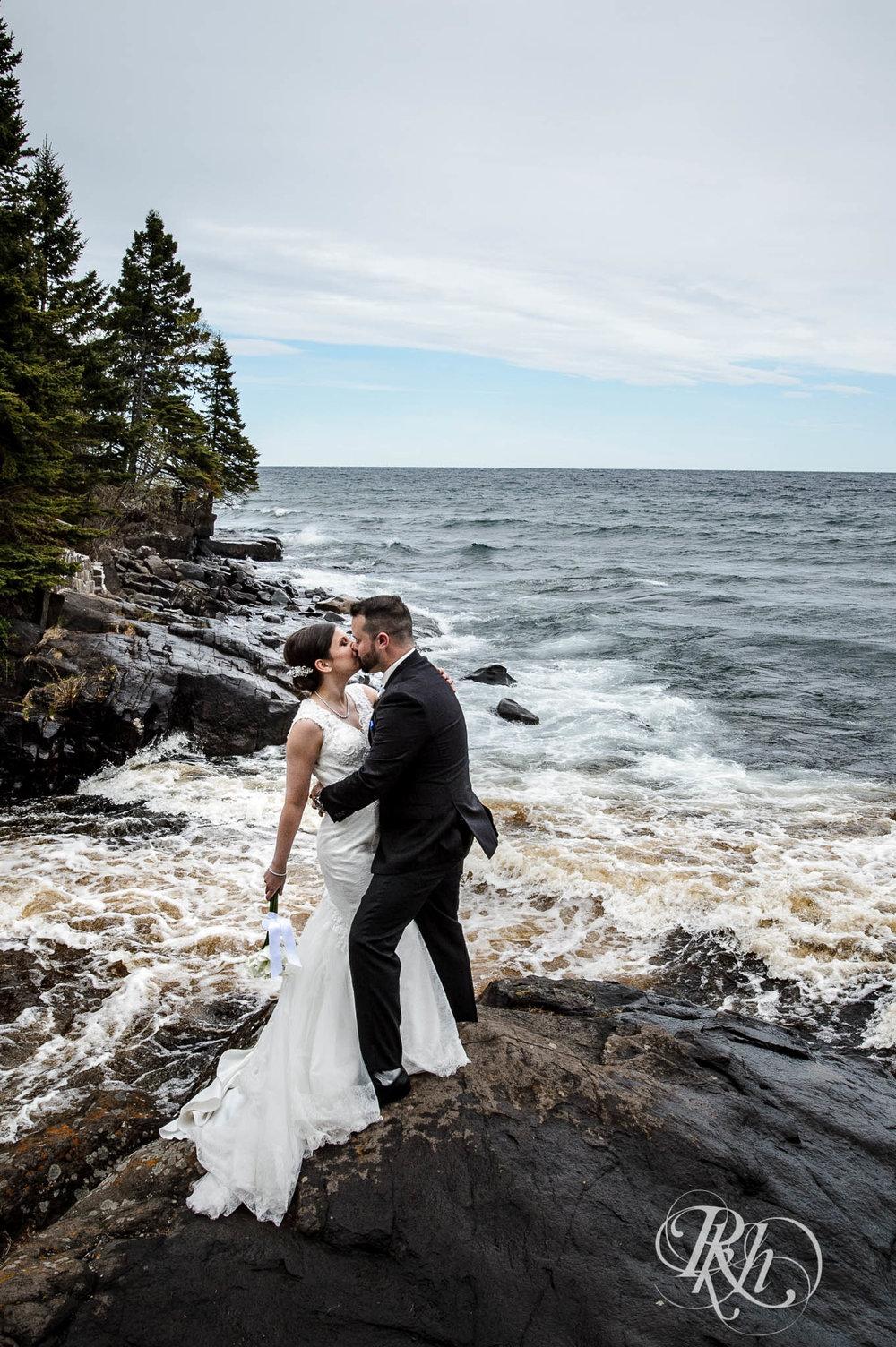Tonya & Steve - Minnesota Wedding Photograhper - RKH Images - Blog (27 of 53).jpg