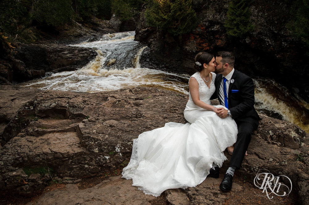 Tonya & Steve - Minnesota Wedding Photograhper - RKH Images - Blog (35 of 53).jpg