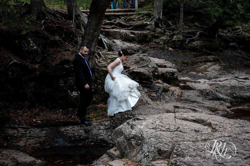 Tonya & Steve - Minnesota Wedding Photograhper - RKH Images - Blog (38 of 53).jpg