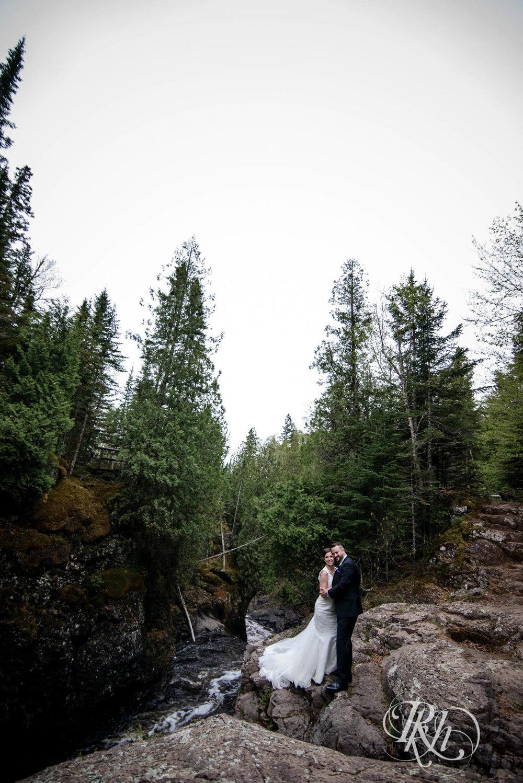 Tonya & Steve - Minnesota Wedding Photograhper - RKH Images - Blog (39 of 53).jpg