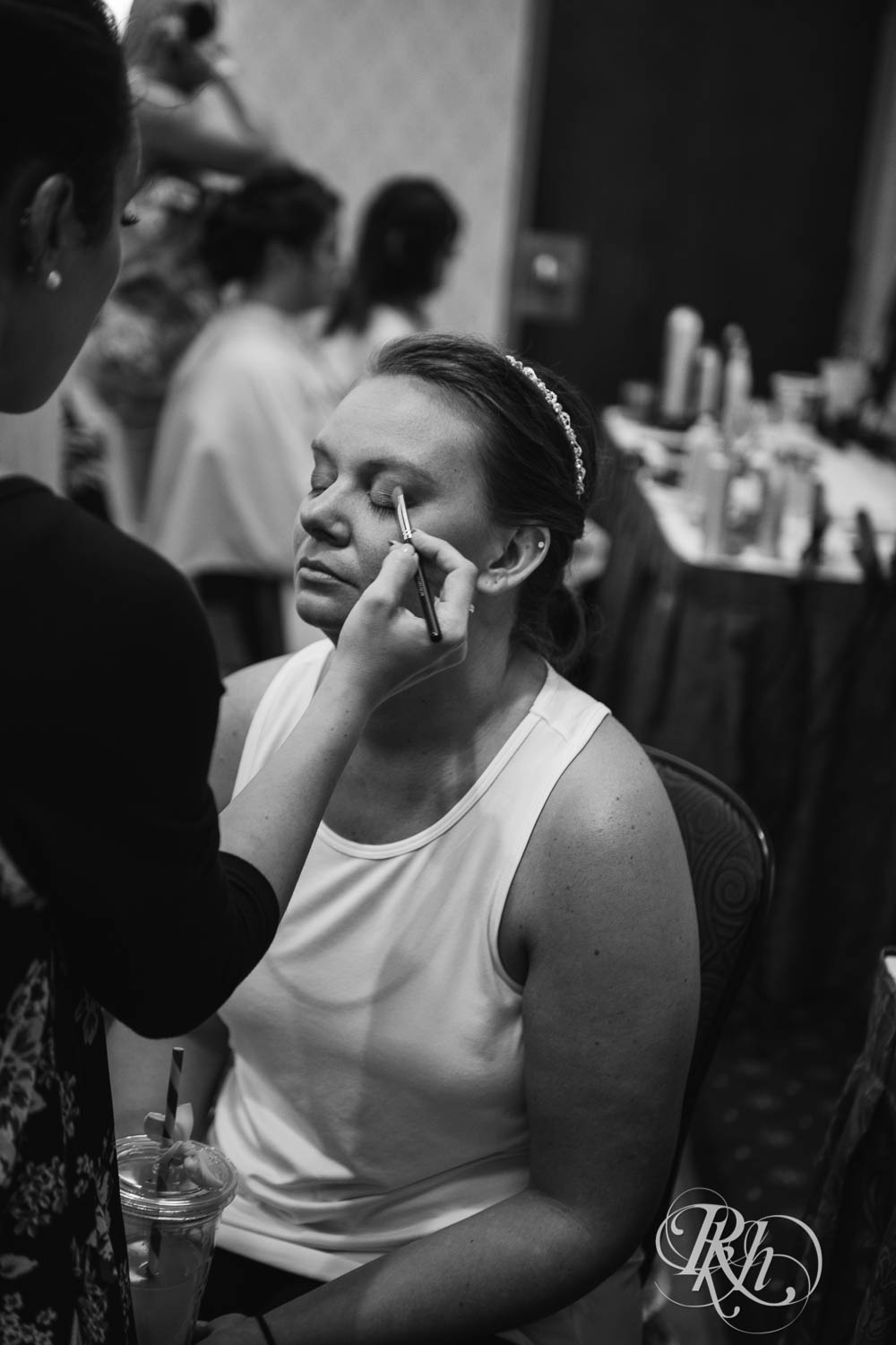 Kayla & Travis - Minnesota Wedding Photography - Crowne Plaza Minneapolis - RKH Images - Blog  (18 of 61).jpg