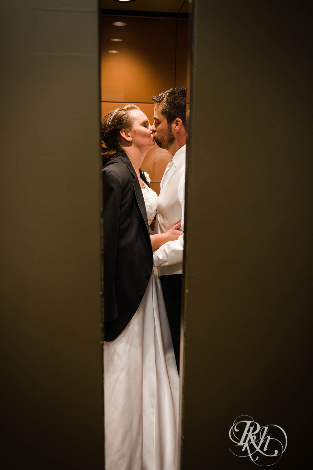 Kayla & Travis - Minnesota Wedding Photography - Crowne Plaza Minneapolis - RKH Images - Blog  (57 of 61).jpg