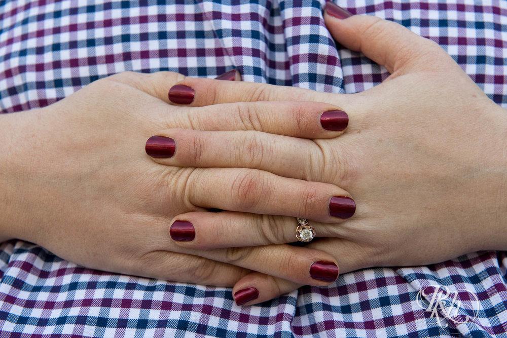 Katie & Arik - Minnesota Engagement Photograpy - Lebanon Hills Regional Park - RKH Images  (4 of 9).jpg