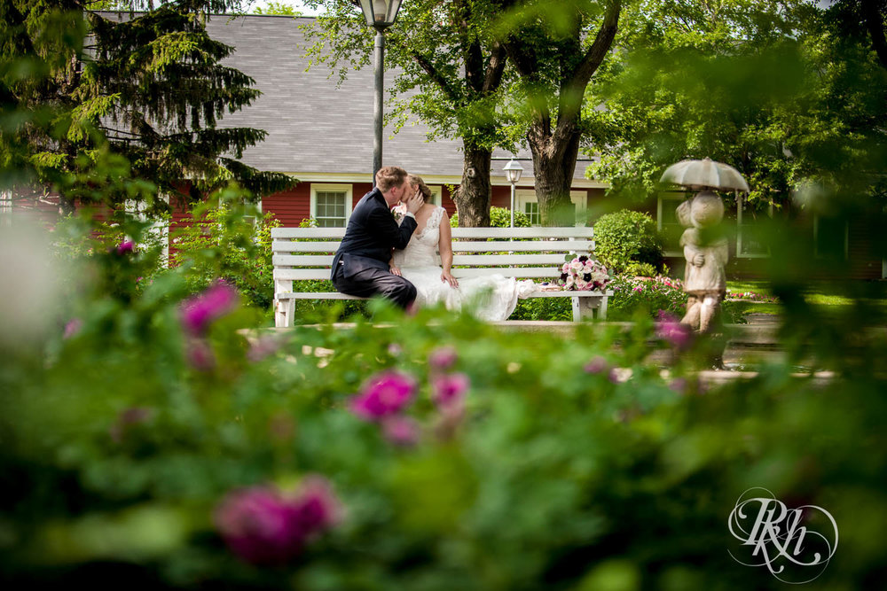 Jamie & Kyle - Minnesota Wedding Photography - Earle Brown Heritage Center - RKH Images - Blog (18 of 35).jpg