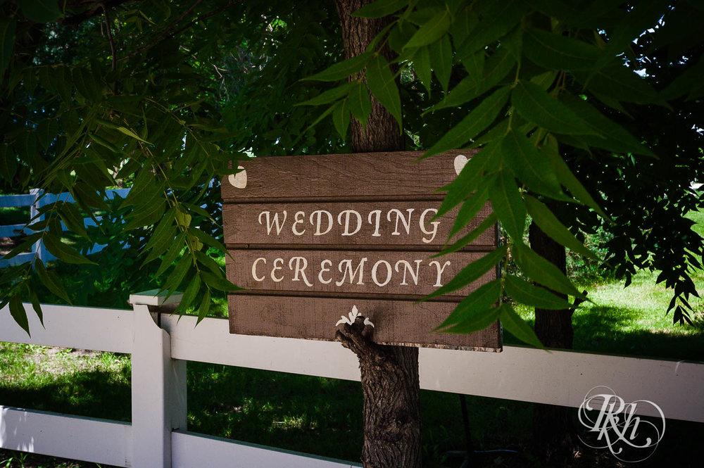 Katie & Alan - Minnesota Wedding Photography - Next Chapter Winery - RKH Images - Blog  (2 of 48).jpg