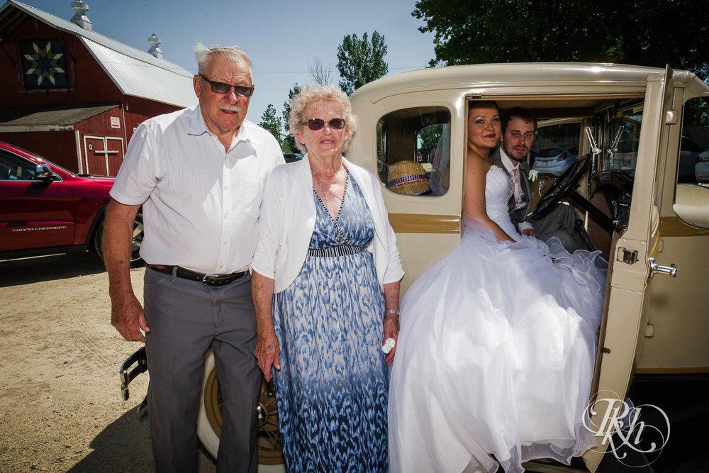 Katie & Alan - Minnesota Wedding Photography - Next Chapter Winery - RKH Images - Blog  (21 of 48).jpg
