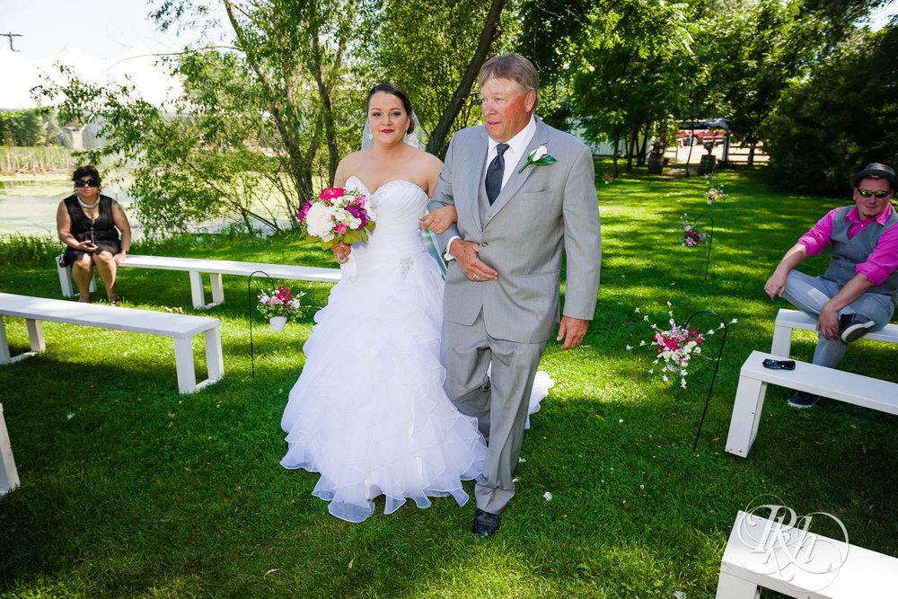 Katie & Alan - Minnesota Wedding Photography - Next Chapter Winery - RKH Images - Blog  (23 of 48).jpg