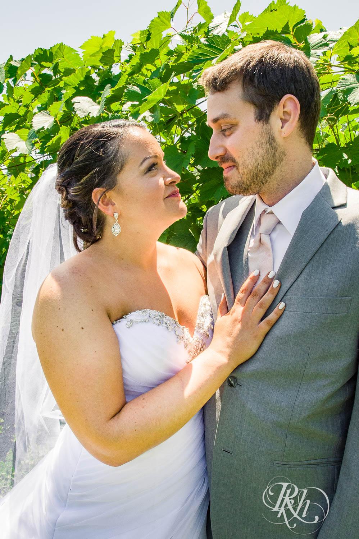 Katie & Alan - Minnesota Wedding Photography - Next Chapter Winery - RKH Images - Blog  (27 of 48).jpg