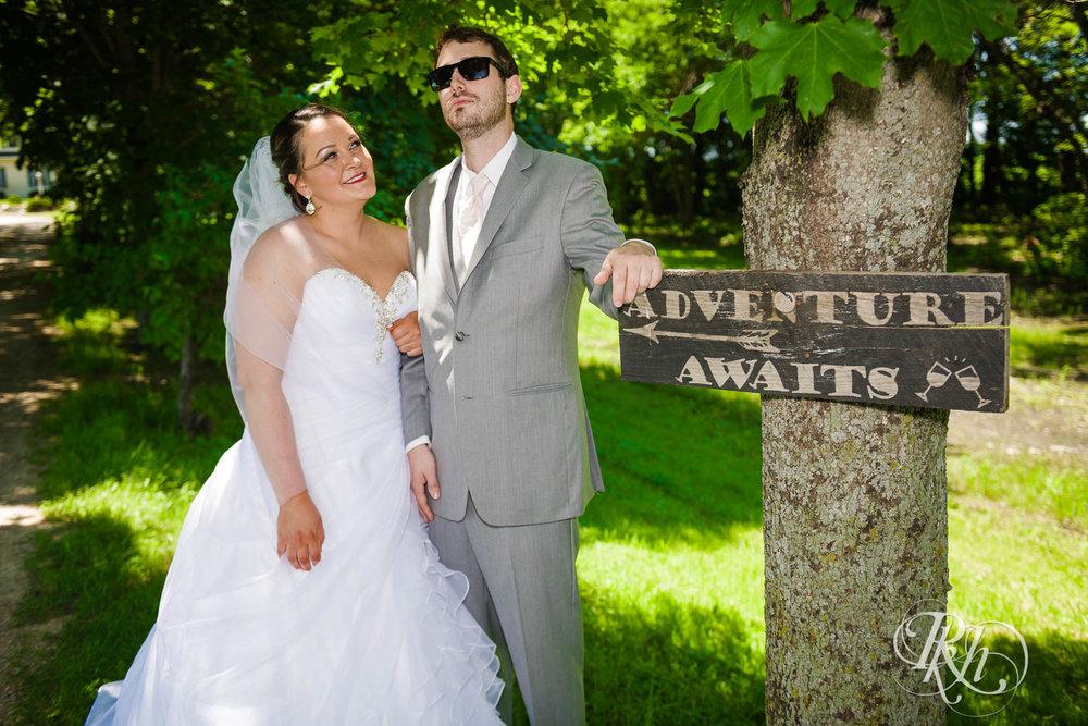 Katie & Alan - Minnesota Wedding Photography - Next Chapter Winery - RKH Images - Blog  (28 of 48).jpg