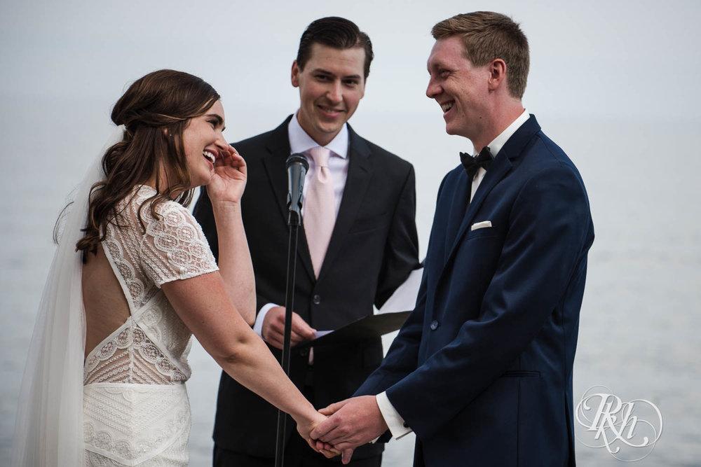 Kayla & John - Minnesota Wedding Photography - North Shore Wedding Photography - Bluefin Bay - RKH Images   (17 of 55).jpg