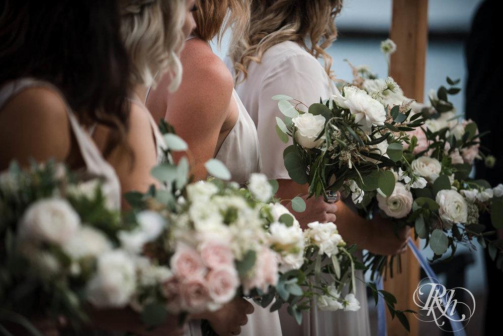 Kayla & John - Minnesota Wedding Photography - North Shore Wedding Photography - Bluefin Bay - RKH Images   (20 of 55).jpg