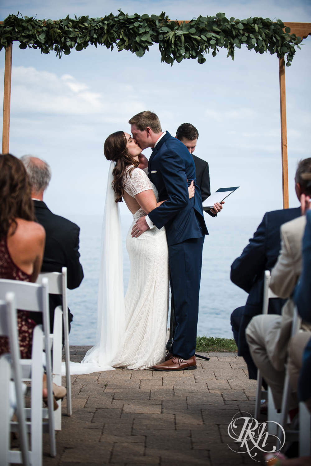 Kayla & John - Minnesota Wedding Photography - North Shore Wedding Photography - Bluefin Bay - RKH Images   (21 of 55).jpg