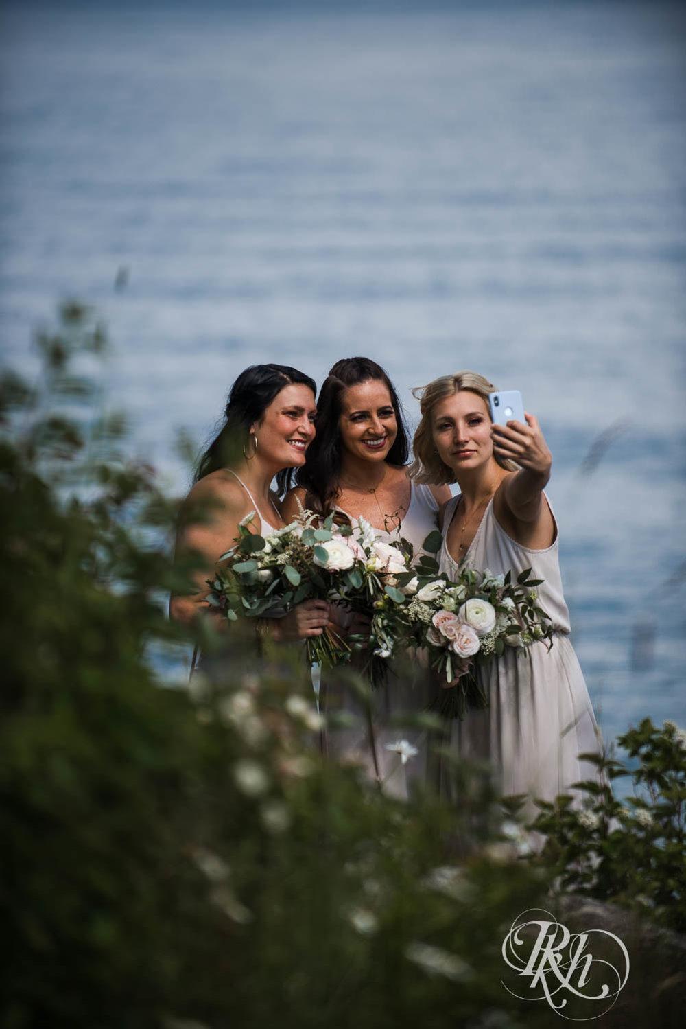 Kayla & John - Minnesota Wedding Photography - North Shore Wedding Photography - Bluefin Bay - RKH Images   (25 of 55).jpg