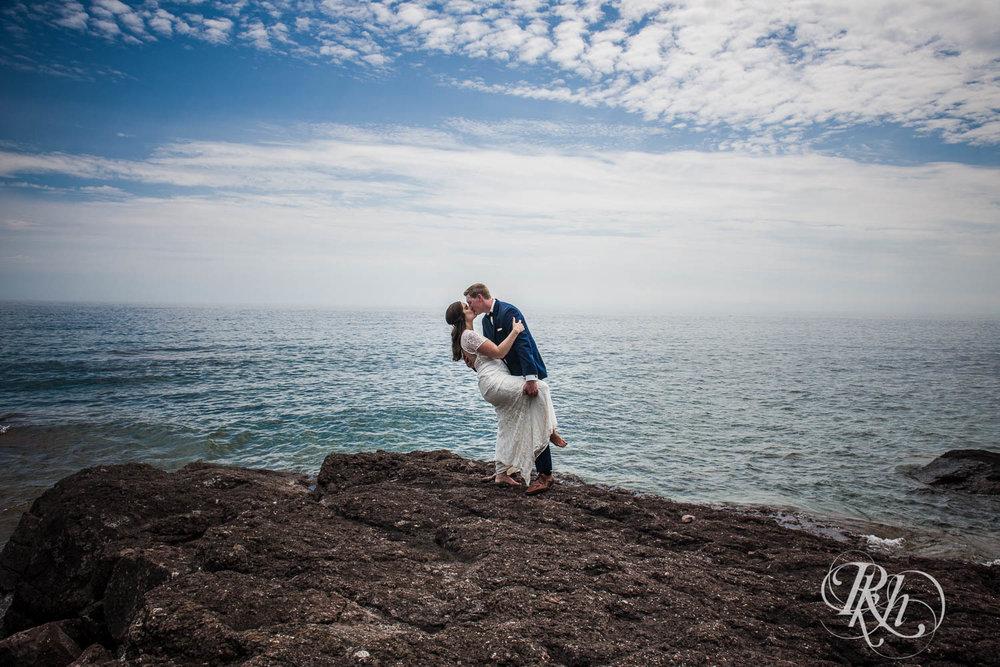 Kayla & John - Minnesota Wedding Photography - North Shore Wedding Photography - Bluefin Bay - RKH Images   (37 of 55).jpg