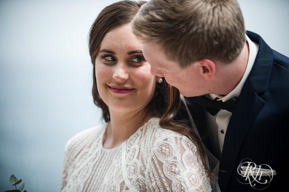 Kayla & John - Minnesota Wedding Photography - North Shore Wedding Photography - Bluefin Bay - RKH Images   (40 of 55).jpg