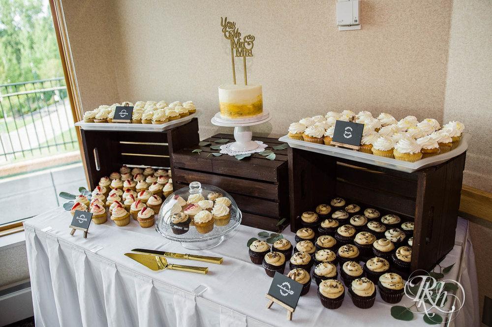 Tiffany & Troy - Minnesota Wedding Photography - Plymouth Creek Center - RKH Images - Blog  (10 of 76).jpg