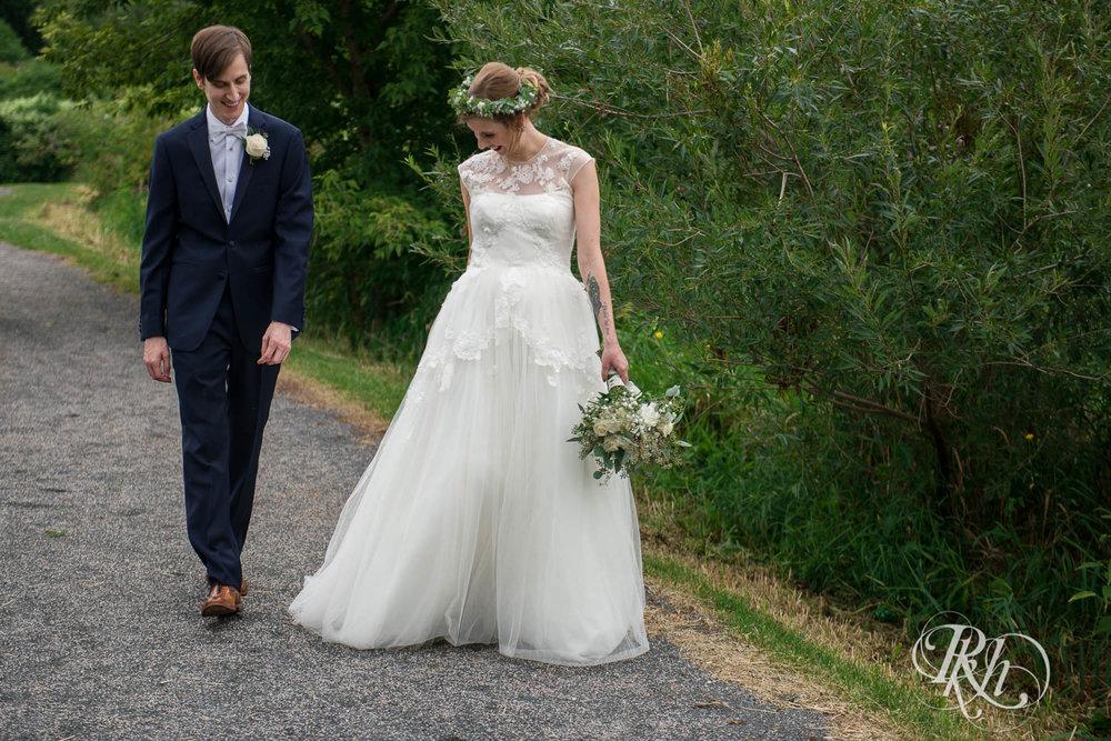 Tiffany & Troy - Minnesota Wedding Photography - Plymouth Creek Center - RKH Images - Blog  (41 of 76).jpg