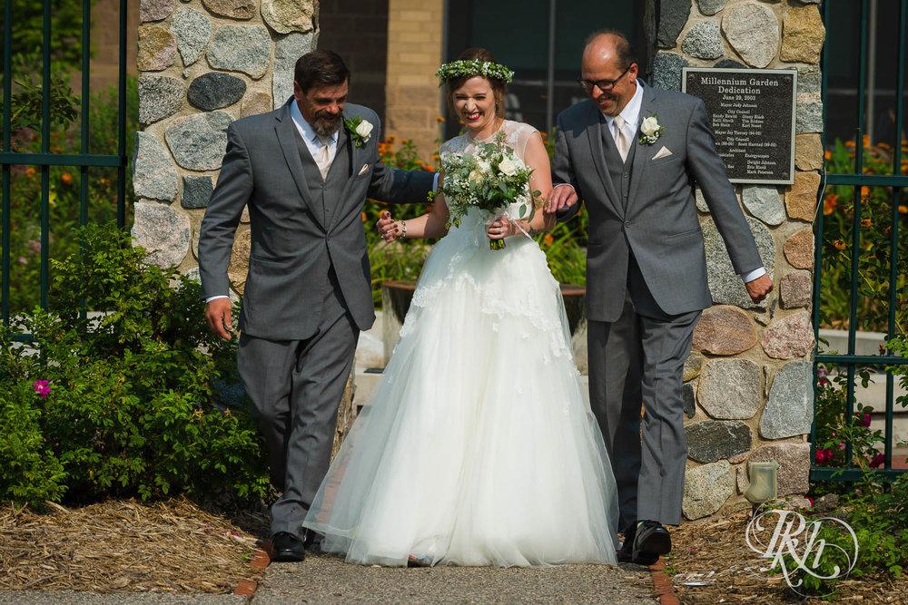 Tiffany & Troy - Minnesota Wedding Photography - Plymouth Creek Center - RKH Images - Blog  (58 of 76).jpg