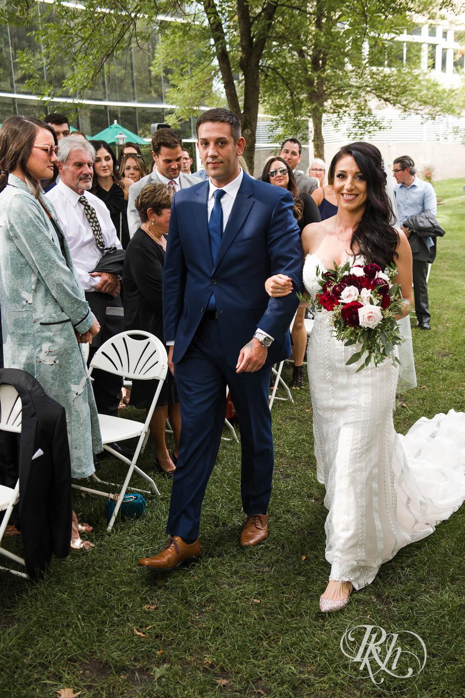 Trish & Nick - Minnesota Wedding Photography - Oak Ridge Conference Center - RKH Images - Blog (40 of 62).jpg