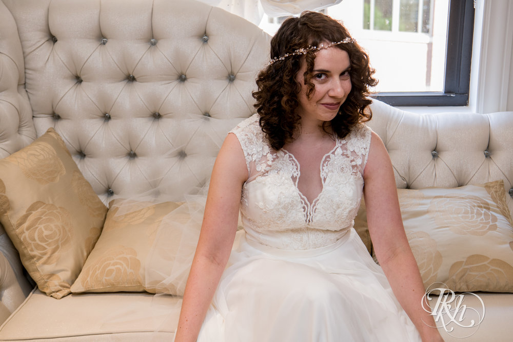 Rebecca & Cameron - Minnesota Wedding Photography - St. Paul Hotel - RKH Images - Blog (12 of 62).jpg