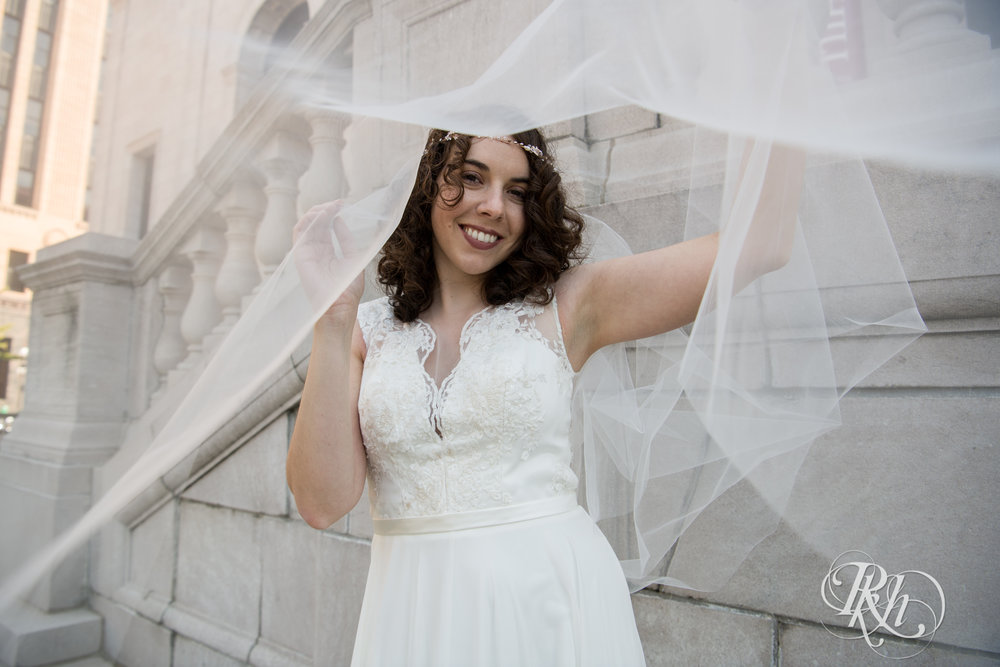 Rebecca & Cameron - Minnesota Wedding Photography - St. Paul Hotel - RKH Images - Blog (25 of 62).jpg