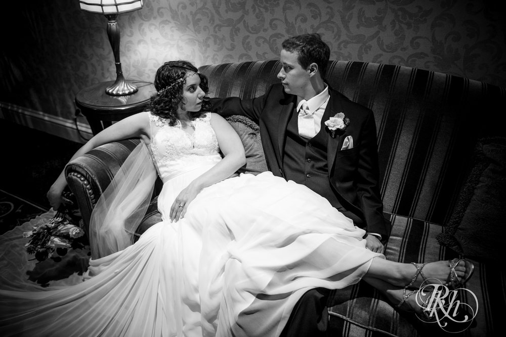 Rebecca & Cameron - Minnesota Wedding Photography - St. Paul Hotel - RKH Images - Blog (27 of 62).jpg