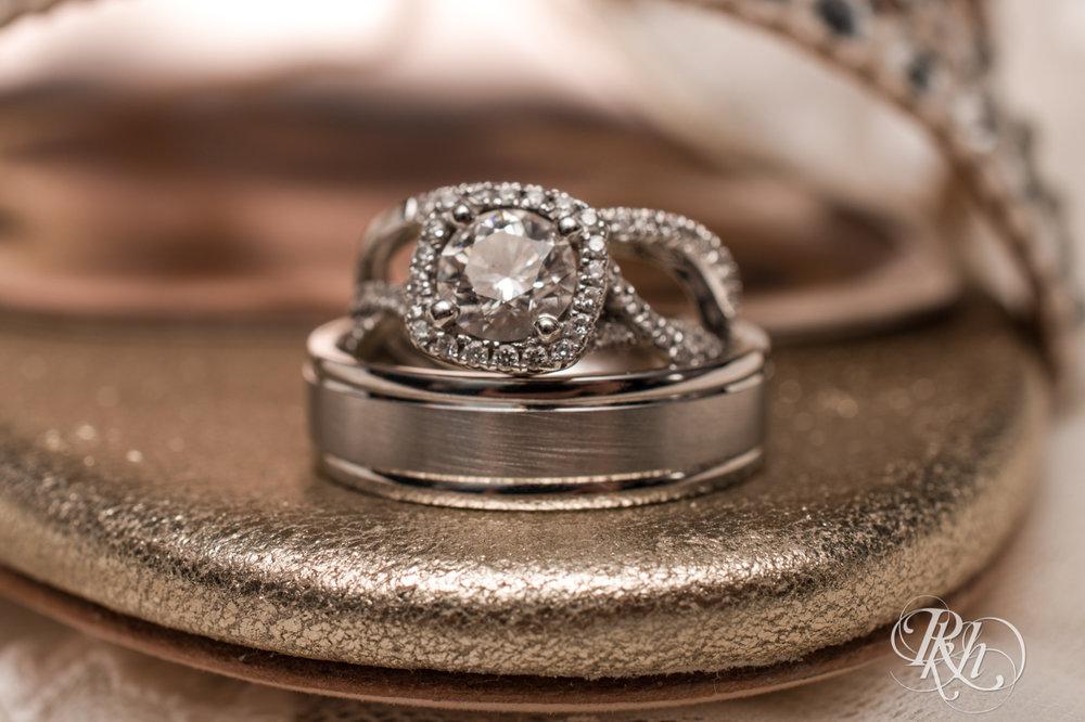 Lauren & Matt - Minnesota Wedding Photography - Mill City Museum - RKH Images - Blog (13 of 55).jpg