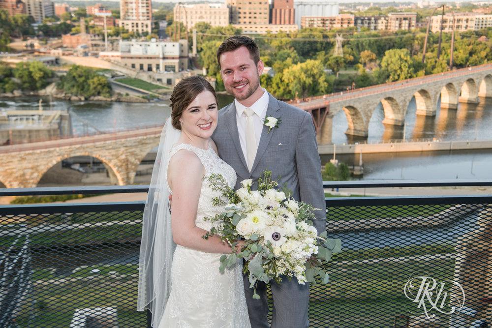 Lauren & Matt - Minnesota Wedding Photography - Mill City Museum - RKH Images - Blog (42 of 55).jpg