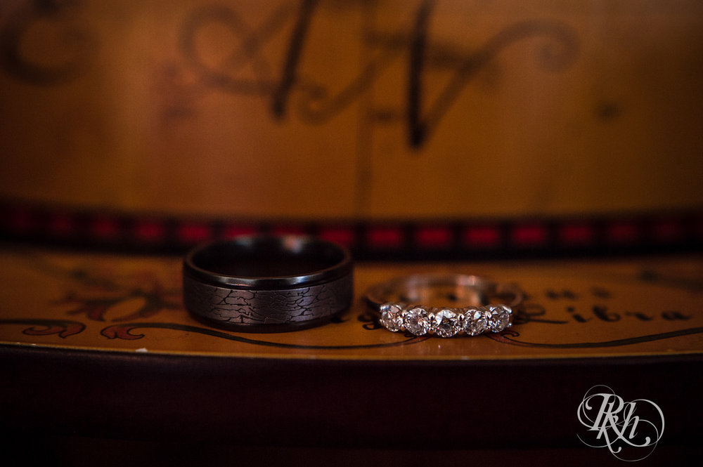 Cameron & Jesse - Minnesota Wedding Photography - Mansion at Uptown - RKH Images - Blog (5 of 65).jpg
