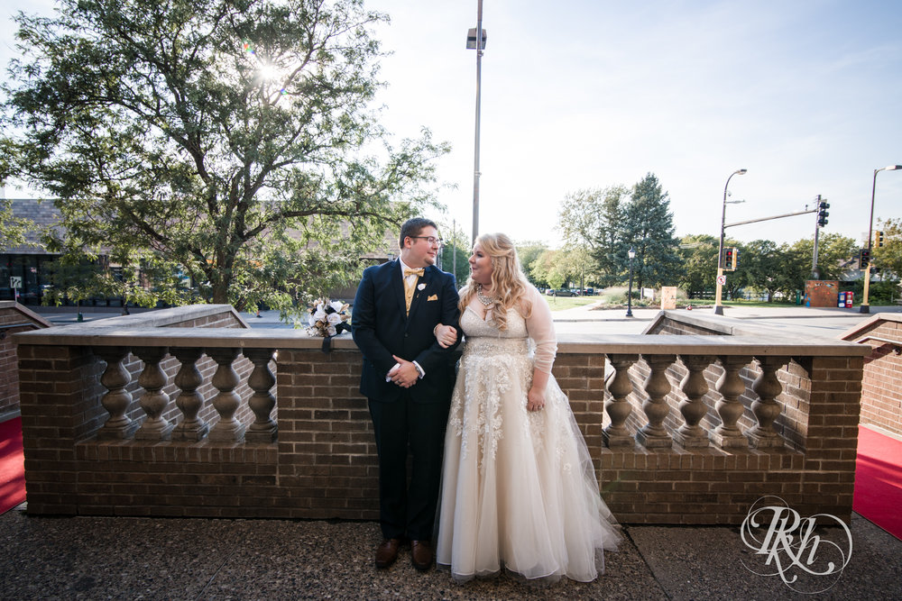 Cameron & Jesse - Minnesota Wedding Photography - Mansion at Uptown - RKH Images - Blog (38 of 65).jpg