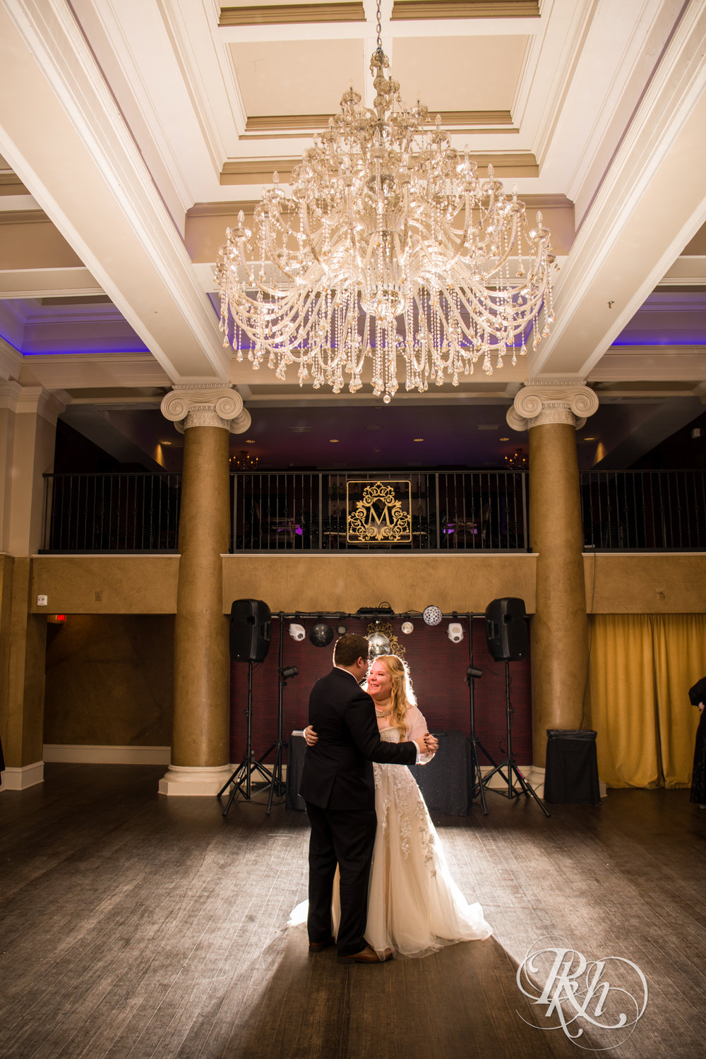 Cameron & Jesse - Minnesota Wedding Photography - Mansion at Uptown - RKH Images - Blog (58 of 65).jpg