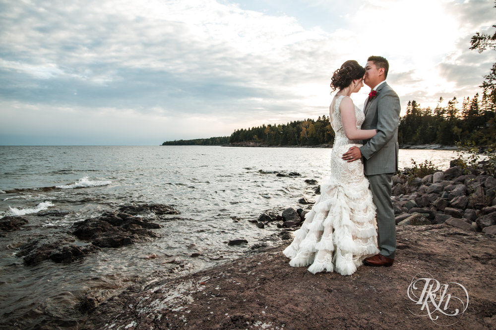 Abby & Anthony - North Shore Wedding Photography - Grand Superior Lodge - RKH Images - Blog (47 of 57).jpg