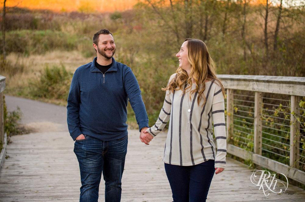 Amanda & Charlie - Minnesota Engagement Photography - Lebanon Hills Regional Park - Sunset - RKH Images - Blog (10 of 11).jpg