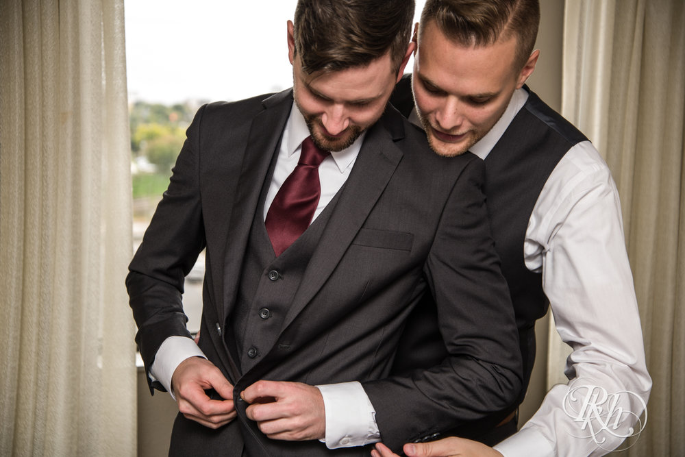 Michael & Darren - Minnesota LGBT Wedding Photography - Courtyard by Marriott Minneapolis - RKH Images - Blog (24 of 67).jpg
