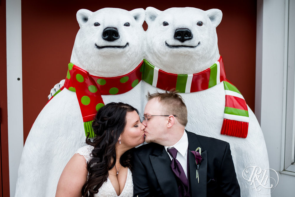 Bri & Erik - Minnesota Wedding Photographer - Kellerman's Event Center - RKH Images - Blog (28 of 51).jpg