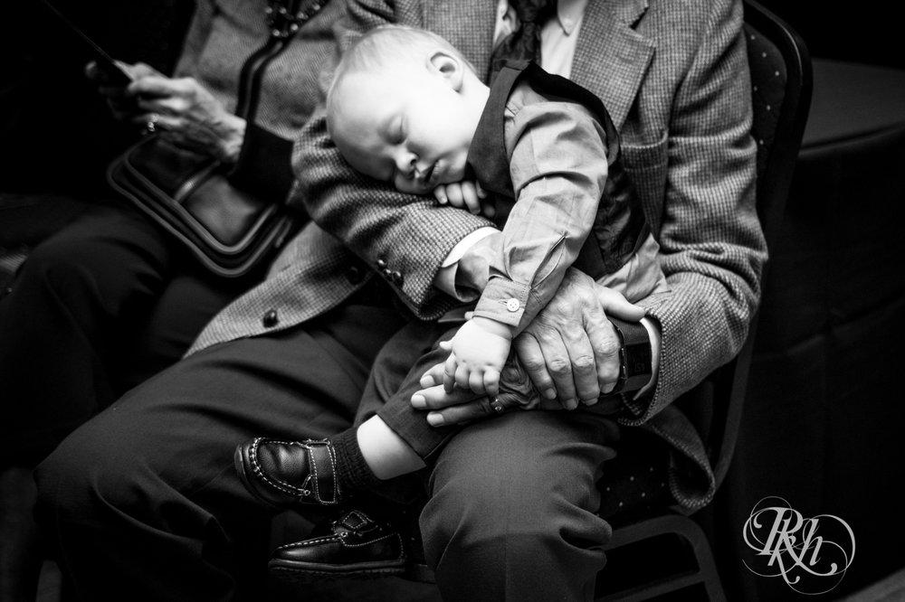 Bri & Erik - Minnesota Wedding Photographer - Kellerman's Event Center - RKH Images - Blog (37 of 51).jpg