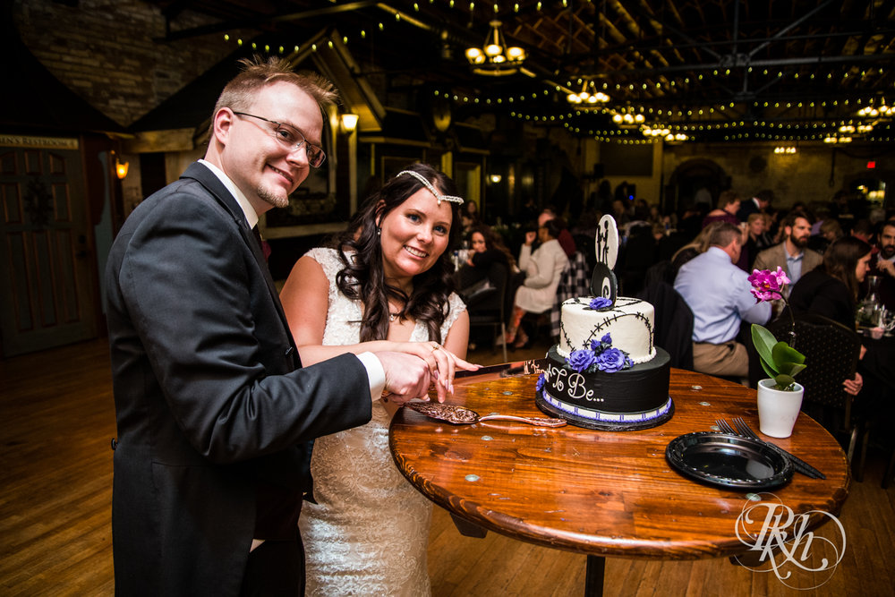 Bri & Erik - Minnesota Wedding Photographer - Kellerman's Event Center - RKH Images - Blog (42 of 51).jpg
